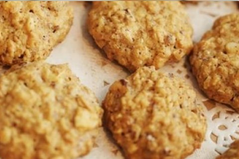 havermoutkoekjes bakken - simpele recept voor een bakplaat vol koekjes!